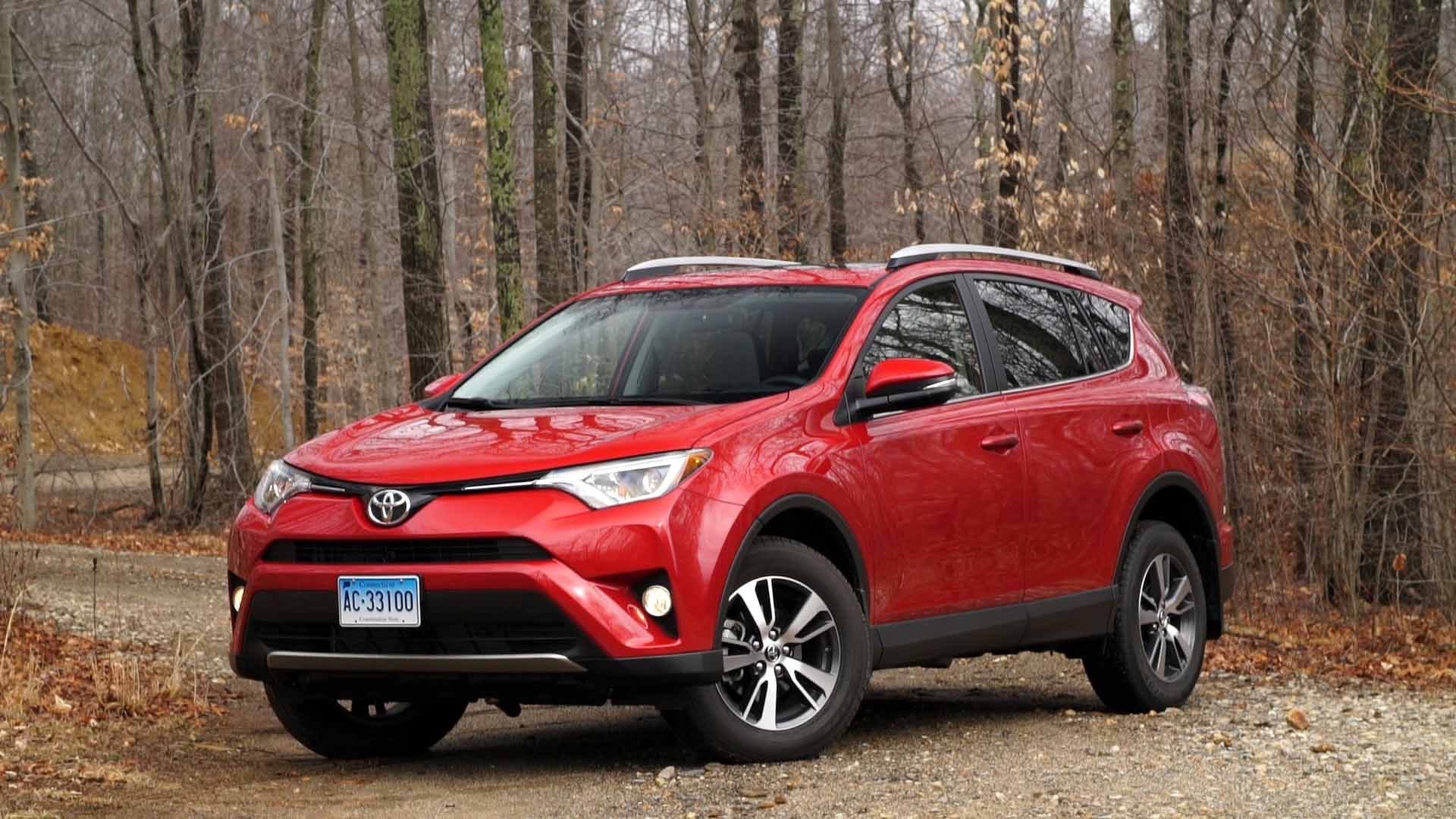 toyota rav4 hybrid most fuel efficient suv ever tested. Black Bedroom Furniture Sets. Home Design Ideas
