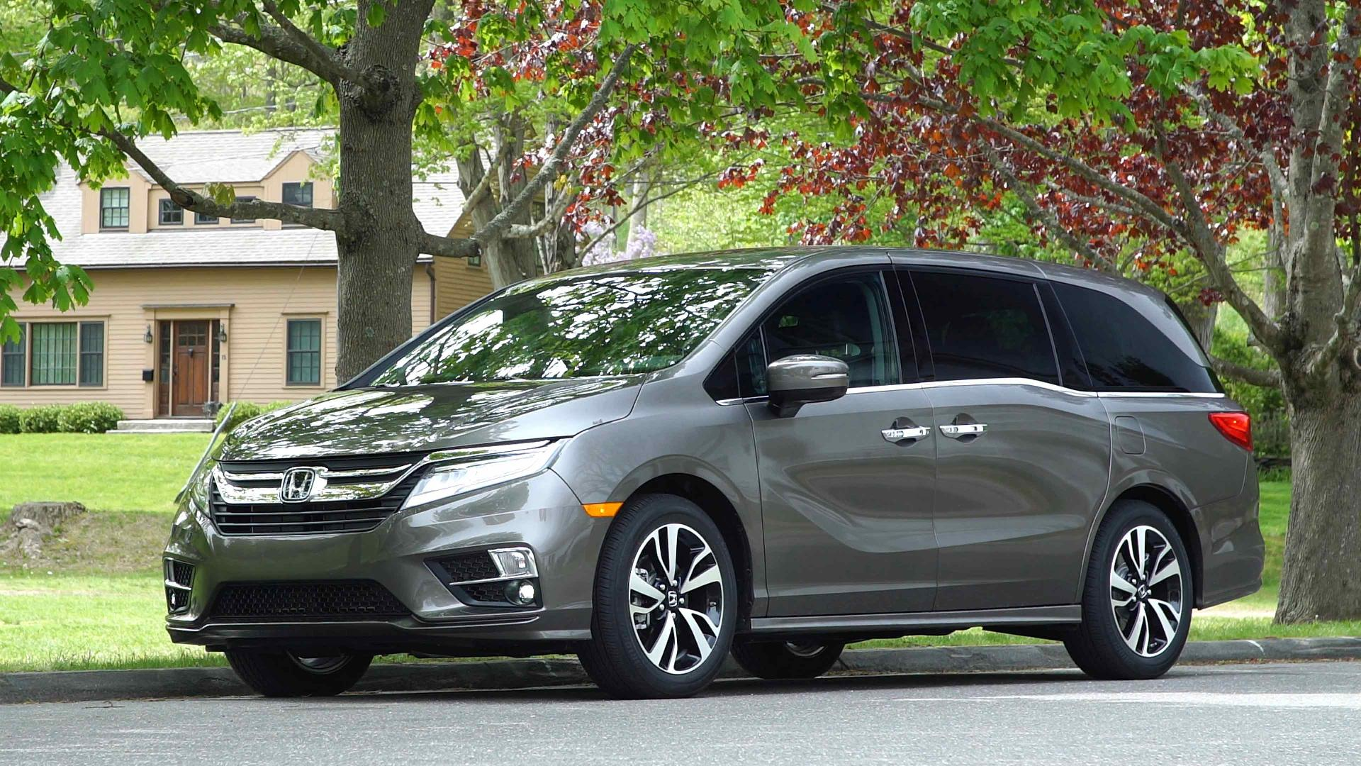 2018 honda odyssey is designed for epic road trips consumer reports. Black Bedroom Furniture Sets. Home Design Ideas