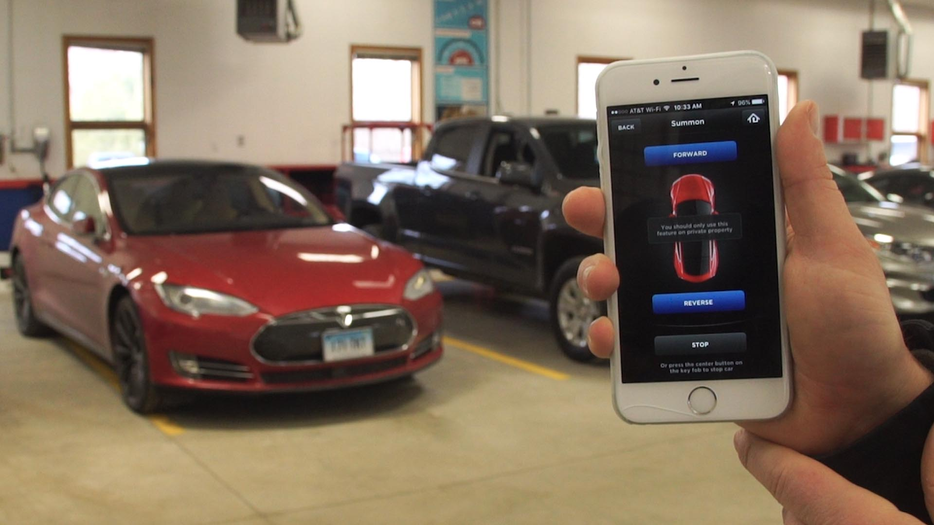 Tesla Fixes Self Parking After Consumer Reports Safety