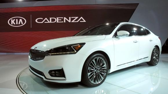 Kia Cadenza Aims for Fuel Efficiency, Added Safety