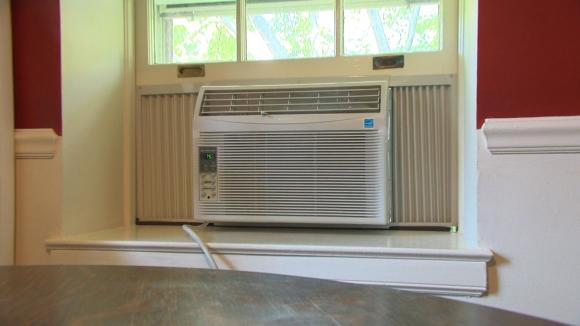 heating through at lowe dt all air portable c throughwall cooling roomacs conditioners room s fans wall shop