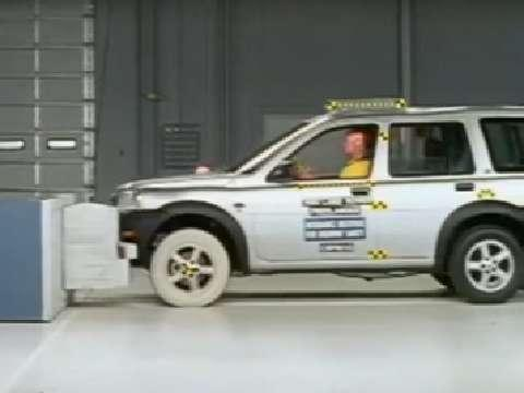 Land Rover Freelander crash test 2002-2005