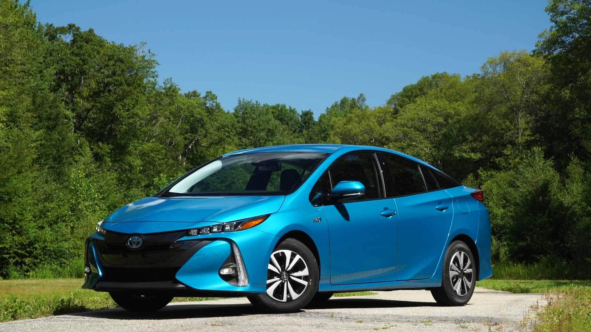 2017 Toyota Prius Prime Review Consumer Reports