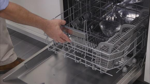 5 Easy Steps to Clean a Smelly Dishwasher
