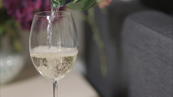 Holiday Stains: Getting out White Wine