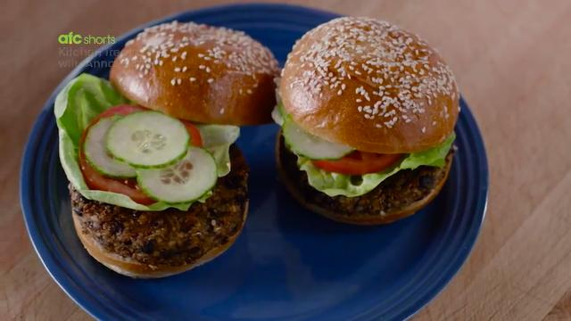 Southwest Black Bean Veggie Burgers | Kitchen Treats with Anna Olson