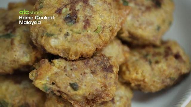 Begedil (Potato Meat Patties) | Home Cooked: Malaysia