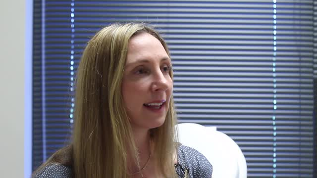 Nicole Lepsch, plastic surgery nurse practitioner, discusses ultherapy.